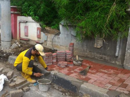 Sidewalk Repaired Along Jalan Sultan Agung