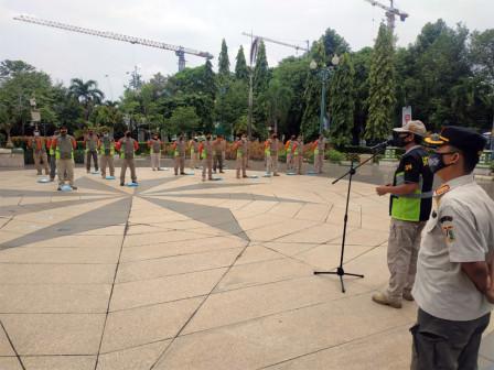 664 Personel Satpol PP Jakut Disiagakan Atasi Bencana Penghujan