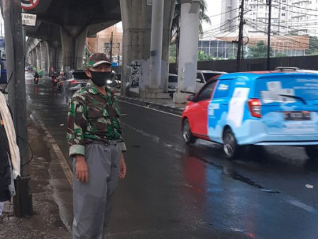 Genangan di Jalan Ciledug Raya Surut Dalam Hitungan Jam