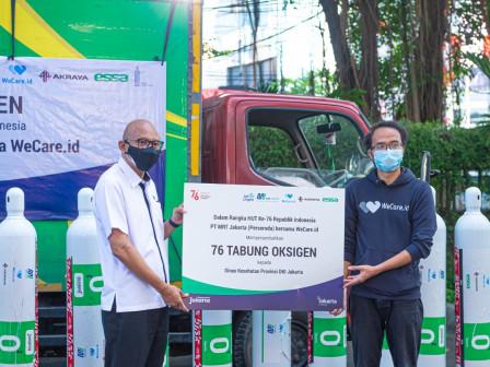 HUT ke-76 RI, MRT Berkolaborasi Salurkan Bantuan Puluhan Tabung Oksigen