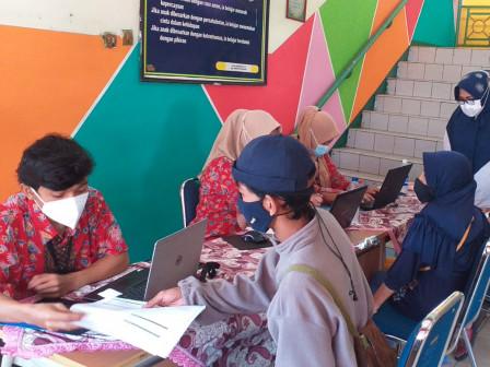 500 Warga Ditargetkan Mendapatkan Vaksinasi Keliling di SDN Batu Ampar 02