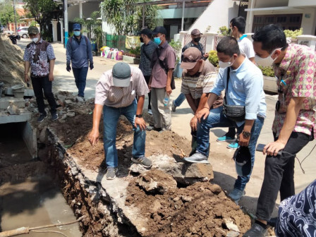 Pembangunan Saluran Air di Jl Kikir Kayu Putih Capai 70 Persen