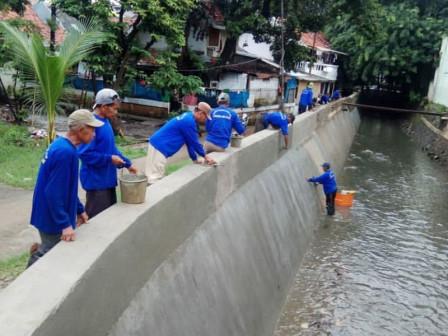 Pluis Embankment Repair in Grogol Utara Finally Completed