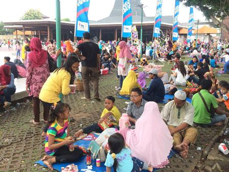 Libur Natal, 36.871 Pengunjung Padati TMII