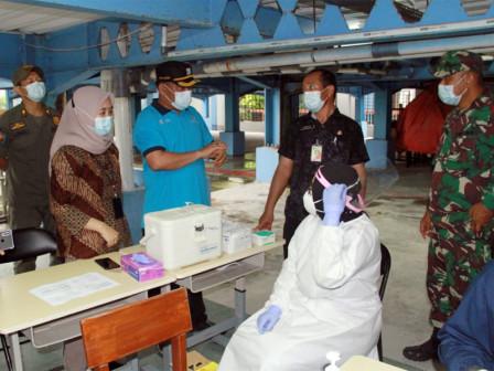 523 Warga Sasaran di Kecamatan Kepulauan Seribu Utara Telah Divaksin