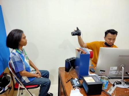 Pelayanan Perekaman e-KTP Bagi Warga Usia 16 di Jakut Dibuka Setiap Sabtu
