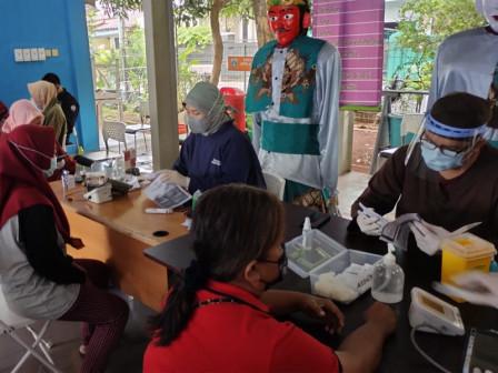 608 Warga 18 Tahun Keatas di Kelurahan Joglo Telah Divaksinasi