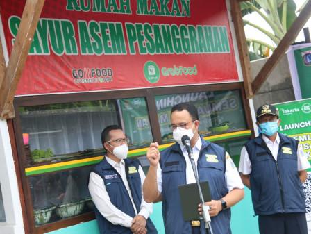 Gubernur Anies Berharap Program Semua Bisa Makan Mampu Penuhi Kebutuhan Pangan Kaum Dhuafa