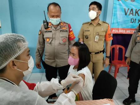 Layanan Vaksinasi di RW 04 Rawasari Sasar 150 Warga