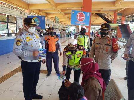 Hari Pertama Puasa, 227 Pemudik Berangkat dari Terminal Kampung Rambutan