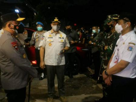 Gubernur DKI Jakarta Pimpin Apel Operasi Pengawasan Prokes