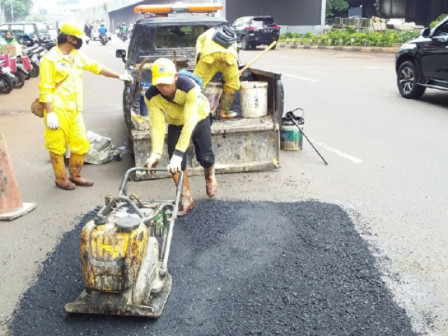 4,358 Potholes in South Jakarta Repaired