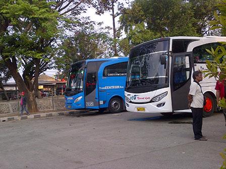Pasar Induk Kramatjati Jadi Tempat Mangkal Bus Akap Beritajakarta Id