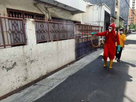 Jl Tanjung Wangi Penjaringan Disemprot Disinfektan