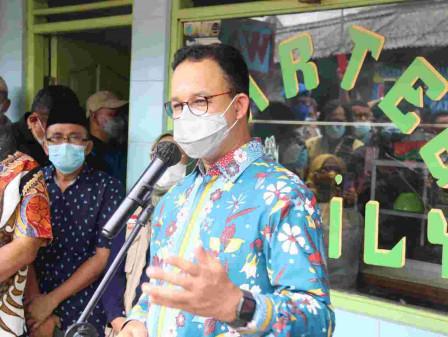 Gubernur Anies Pastikan Ketersediaan Kebutuhan Pangan Warga Melalui KSBB Pada Warteg di Jakarta