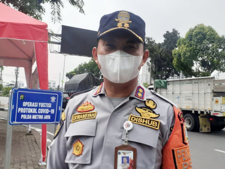 West Jakarta Sets Up Two Posts to Enforce Homecoming Ban