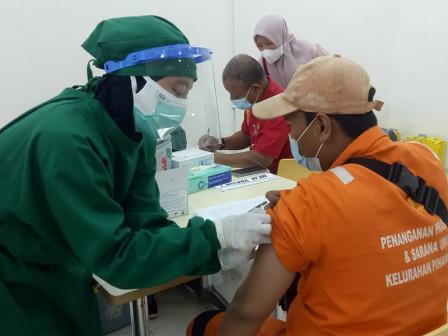 74 Pinang Ranti PPSU Personnel Take Second Vaccination at Tamini Square