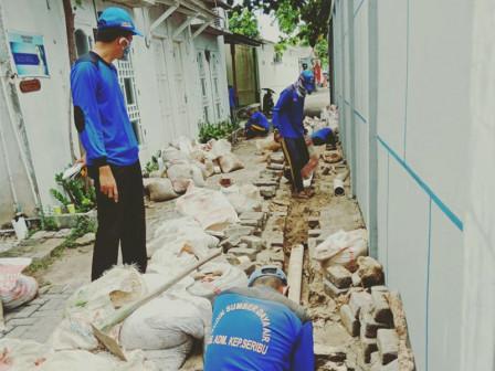 Sudin SDA Kepulauan Seribu Targetkan Bangun 300 Sumur Resapan Tahun Ini