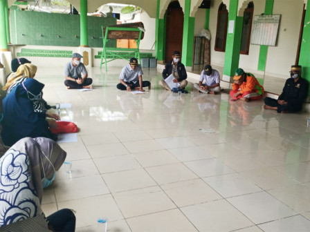 Rembuk RW di Kelurahan Pulau Kelapa Menerapkan Protokol Kesehatan