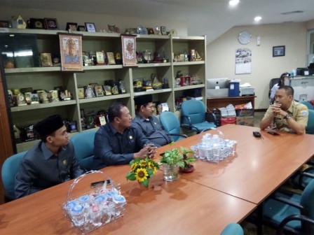Serang DPRD Conducts Comparative Study About Tatib