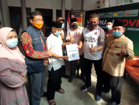 Wali Kota Jaktim Tinjau Layanan Vaksin di Ponpes Al Hayah