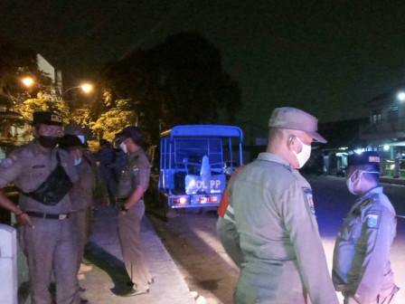 Langgar Batas Waktu Operasi, Kafe di Kalisari Ditutup