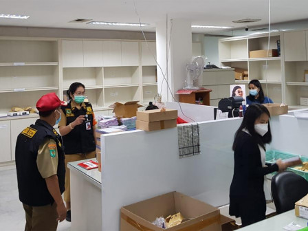 Central Jakarta Nakertrans Monitors Health Protocols Implementation in 241 Work Places