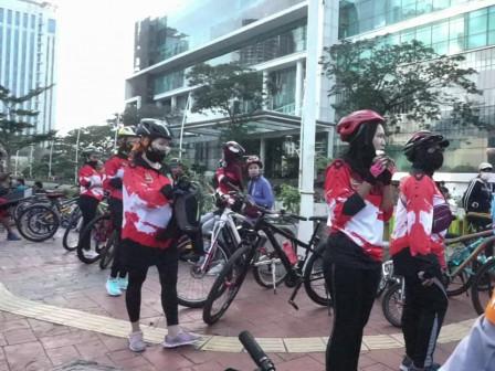 14,006 Cyclists Enliven Jalan Gajah Mada and Hayam Wuruk