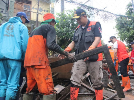 Post-flood, City Holds Cleanup Action with Citizens