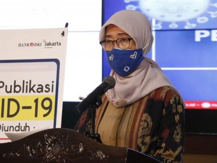 Pemprov DKI Jakarta Fasilitasi 1 Vaksin untuk Pengantar 2 Lansia yang Divaksin