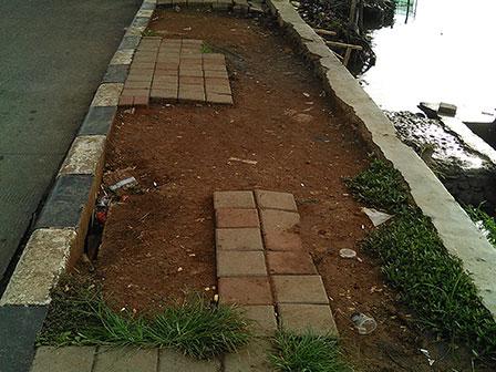 Pedestrian Jl.Danau Sunter Selatan Banyak Yang Rusak