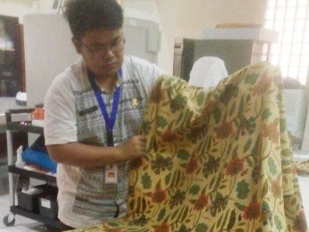 Meseum Tekstil Simpan Koleksi Batik Betawi Kuno