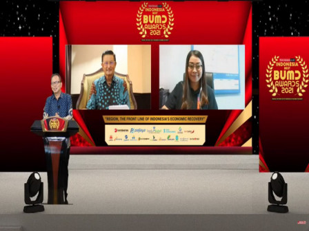 PT Transjakarta Raih Penghargaan BUMD Terbaik