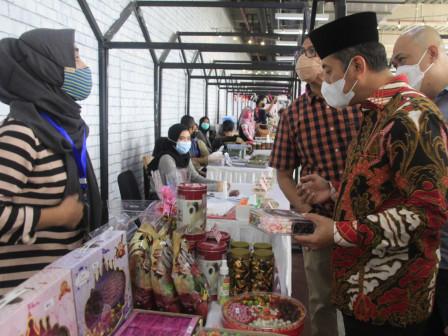 Sudin PPKUKM Jakarta Barat Gelar Bazar di Lippo Mall Puri