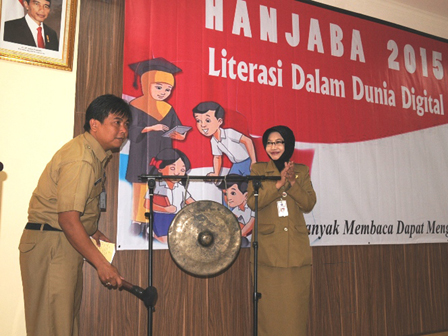 Reading Must Become Culture of Children in Jakarta