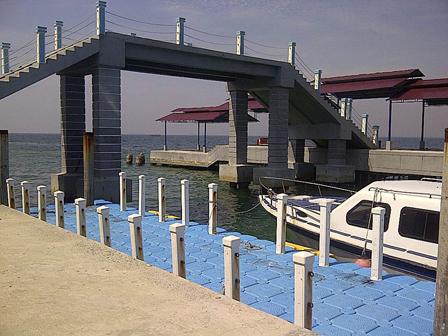 13 Breakwater Embankments Built in Residential Islands