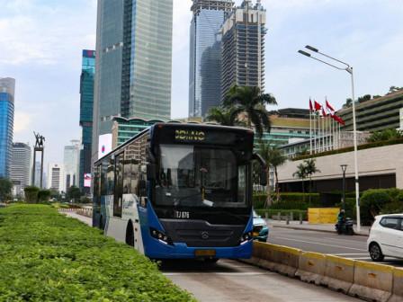Semua Layanan Transjakarta Kembali Beroperasi