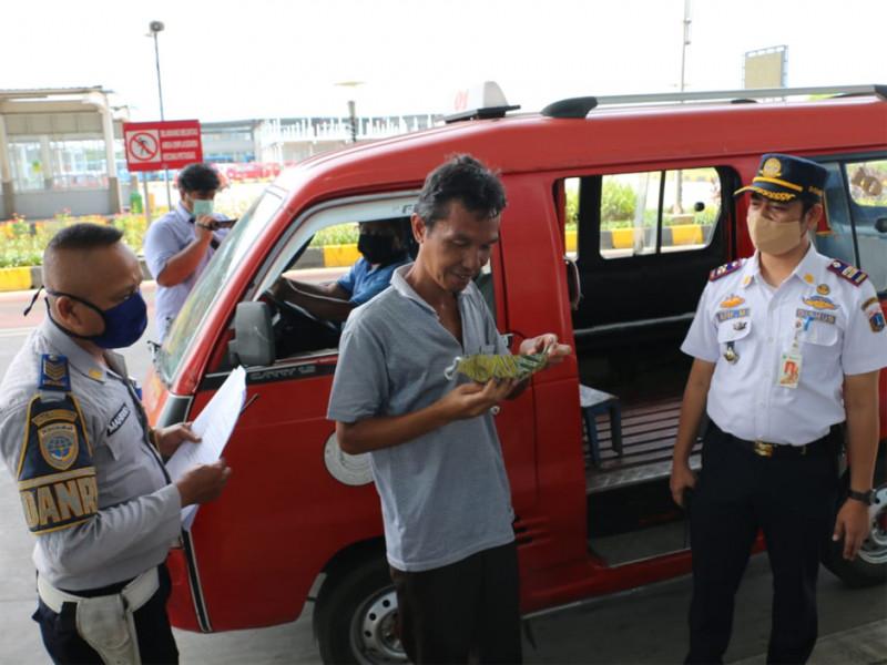 Pemberian imbauan kepada pengmudi angkutan kota