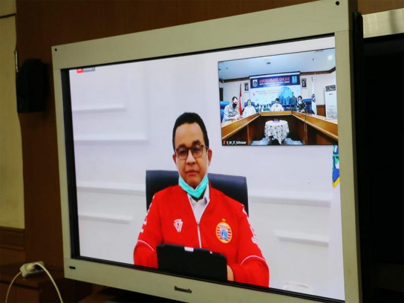 Layar tayangan Musrenbang Online bersama Gubernur DKI Jakarta
