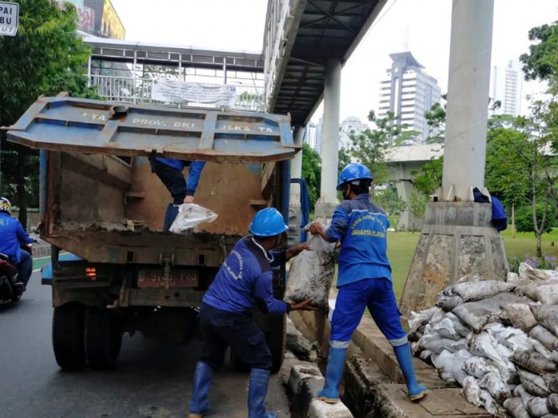 Jl-Jenderal-Sudirman-09.jpg