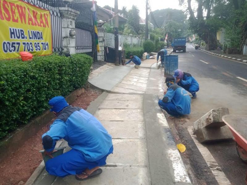 Normalisasi saluran di Jl. Lembang kel Menteng Jakarta Pusat