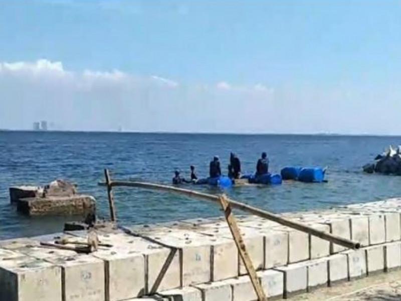 Pemasangan Tanggul di Pulau Untung Jawa Kepulauan Seribu Selatan