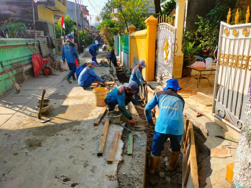 Kegiatan Pekerjaan Normalisasi Saluran Mikro Kemayoran Jakarta Pusat
