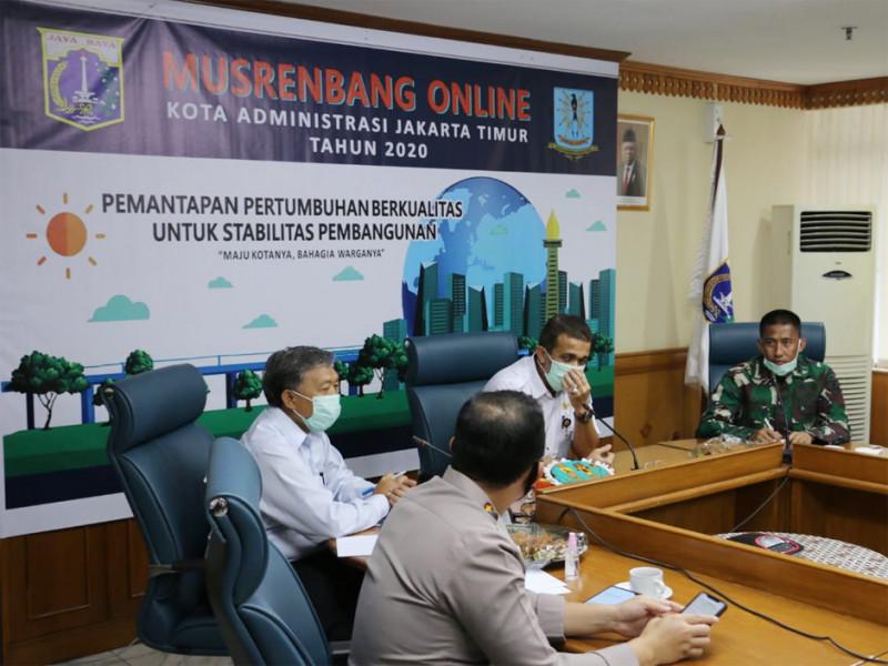 Musrenbang online yang dihadiri pejabat tinggi tiga pilar tingkat kota