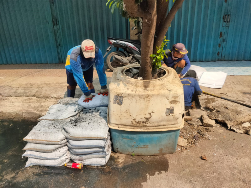 Pengurasan Saluran Kapuk muara (DHI) Penjaringan Jakarta Utara