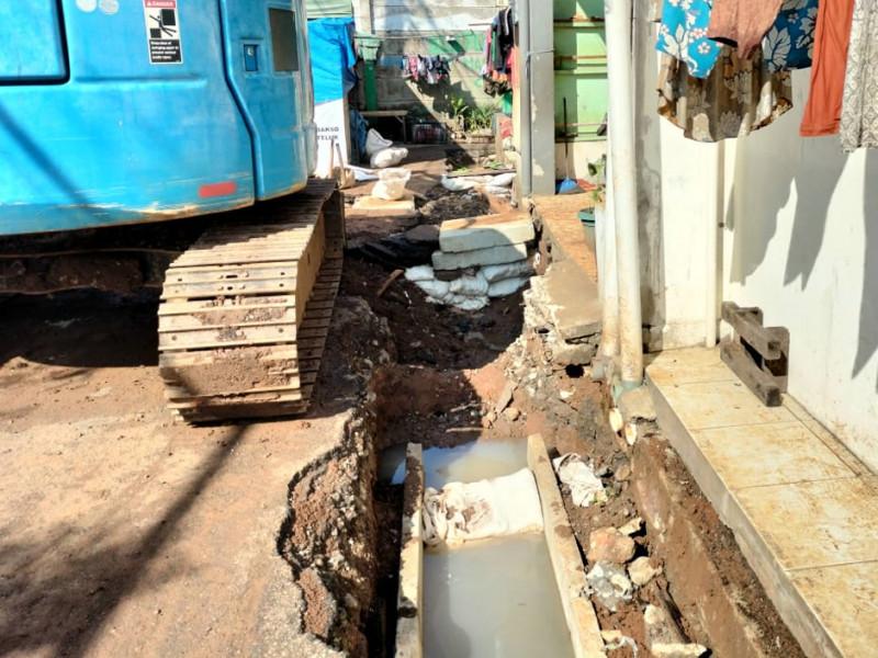 Normalisasi Saluran Air di Jalan Kopi Pekayon Jakarta Timur