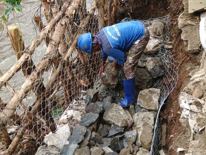 Proses perapihan batu kali