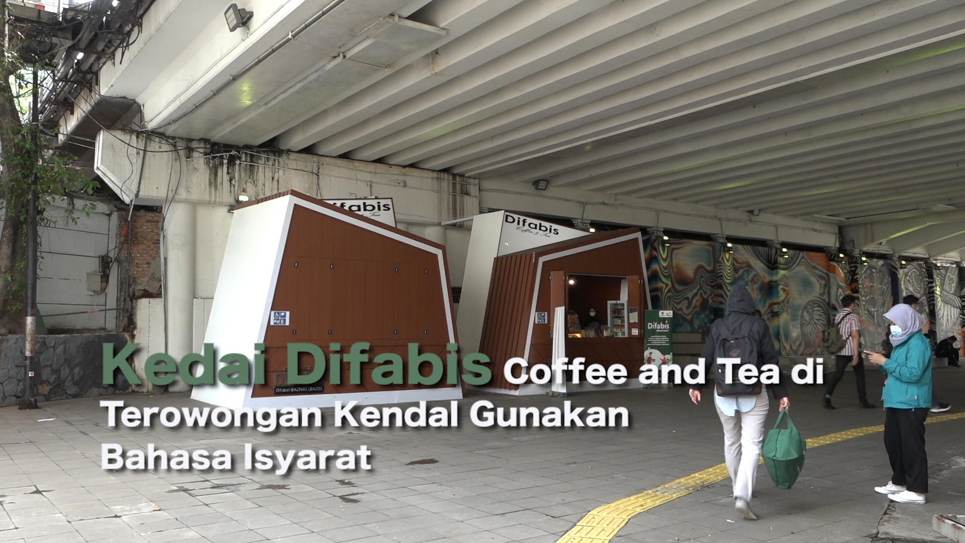 1102_YOANA_Kedai Difabis Coffee and Tea di Terowongan Kendal Gunakan Bahasa Isyarat.mp4